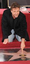 ראסל קרואו קיבל כוכב בשדרות הוליווד