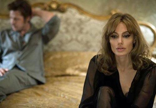 אנג'לינה ג'ולי על הצילומים לצד בעלה: חשבנו שזה לא רעיון טוב