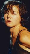 פיאנו גירל בעורף הסטאלאג - ארבע דקות - ביקורת סרט