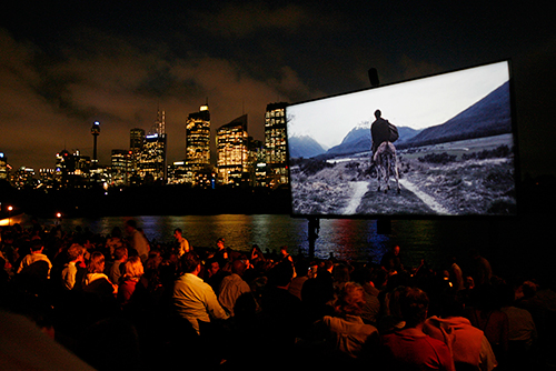 השתתפו בשאלון וגלו: איזה סרט הכי כדאי לכם לראות בקולנוע?