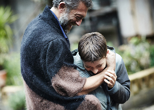 דמות אב: ביקורת סרט