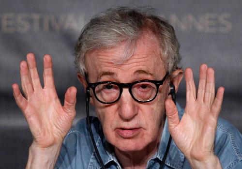 וודי אלן: גאון קולנועי או יוצר מוערך יתר על המידה?