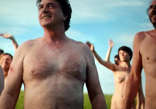 לראשונה בישראל: הקרנה ללא בגדים תתקיים לסרט נורמנדי בעירום