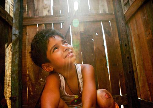 סרט מהעבר: 10 שנים לנער החידות ממומביי