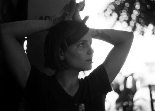 הדור החדש: ראיון עם גאיה פון שוורצה, במאית הסרט לשחות