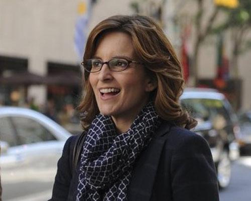 טינה פיי חוזרת ל - NBC, מאחורי הקלעים, בקומדיה חדשה