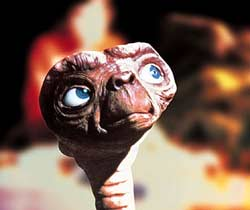 Loading E.T. the Extra-Terrestrial Pics 4 -  ����� ���� 4 ����� ��.�� ...