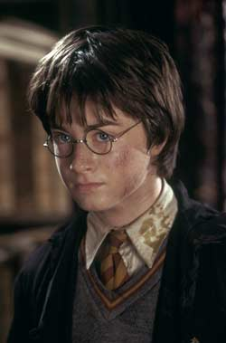 Loading Harry Potter And The Chamber Of Secrets Pics 4 -  תמונה מספר 4 מהסרט הארי פוטר וחדר הסודות ...