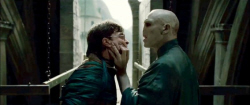 Loading Harry Potter and the Deathly Hallows: part2 Pics 1 -  תמונה מספר 1 מהסרט הארי פוטר ואוצרות המוות 2 (תלת מימד) ...