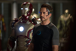 Loading Iron Man 3 Pics 2 -  ����� ���� 2 ����� ������ �� 3 (��� ����) ...